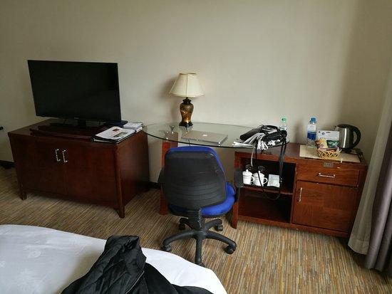 Lian Yun Hotel: inside room