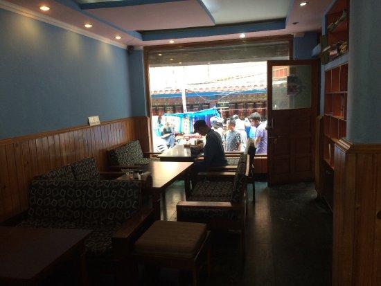 Snow Lion Restaurant: photo4.jpg