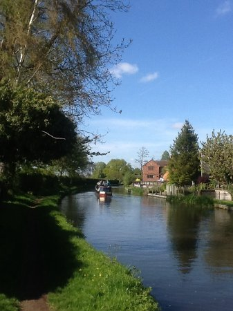 Acton Trussell, UK: Canal walk