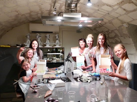 End of the class what a fun time picture of la cuisine - La cuisine cooking classes ...