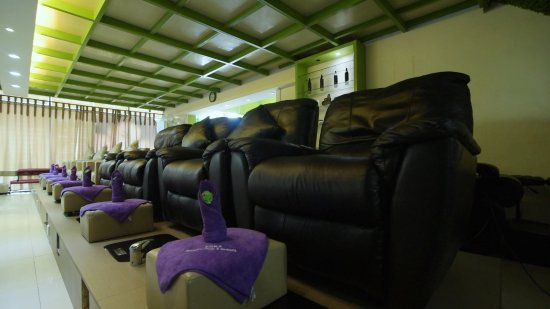 Eska Wellness Spa Massage and Salon: Refexology Treatment Area in Eska Nagoya Hill Branch (East Entrance)