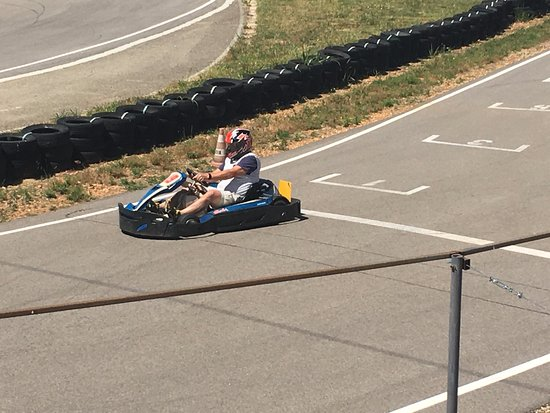 Beaucaire, Francia: Karting with the boys!