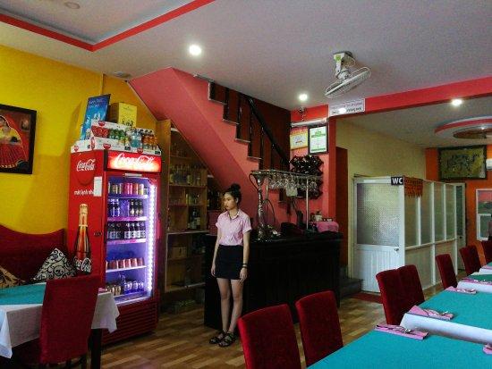 Omar's Tandoori cafe : TA_IMG_20170615_140846_large.jpg