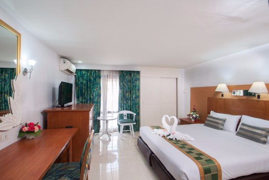 Hotel Beverly Plaza Pattaya Photo