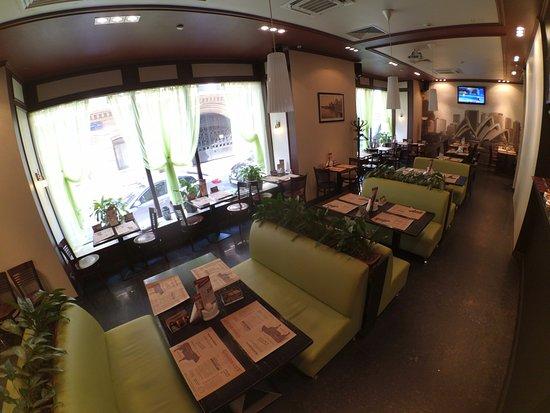 Goodbeef: Панорамное фото кафе на Черкасском 2