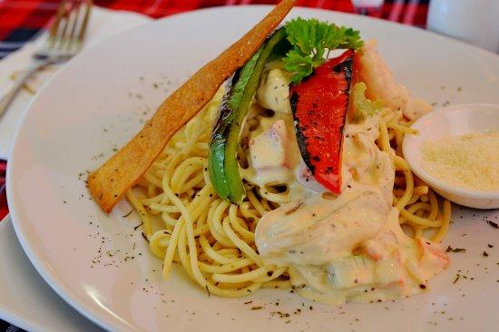 Grand DarulMakmur Hotel Kuantan: Food Hotel 1