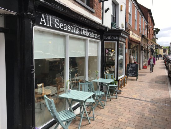 Newent, UK: All Seasons Delicatessen and Cafe