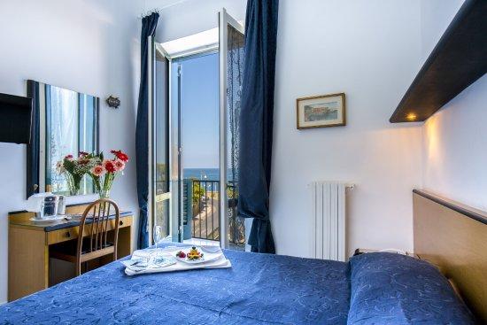 Hotel il Faro: Room sea view with balcony
