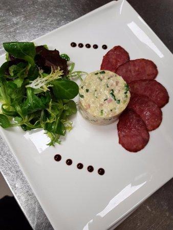 Restaurant le pergaud dans pontarlier avec cuisine for Concept cuisine pontarlier