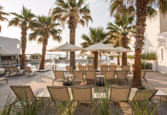 Pool - Picture of Kamari Beach Hotel, Santorini - Tripadvisor