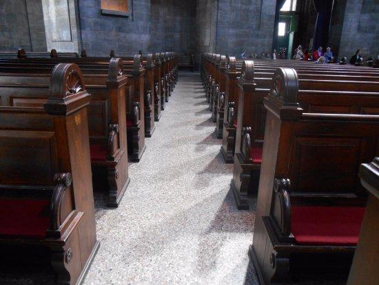 Frederiks Kirke (The Marble Church): Beautiful wood seating.