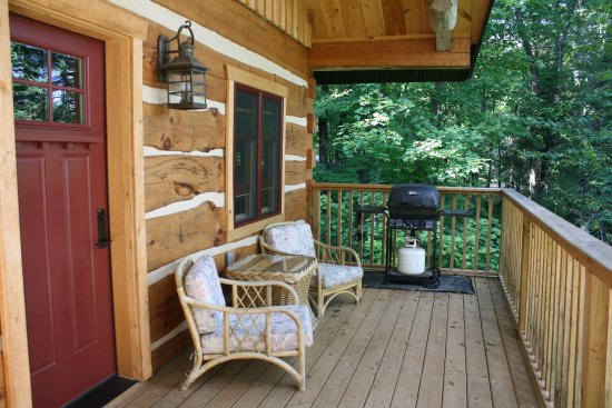 Oxtongue Lake, Canadá: Wolf Den Hostel & Nature Retreat