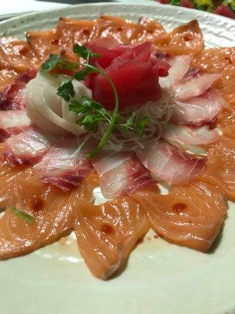 Palm Bay, FL: Salmon & Shiromi Usuzukuri