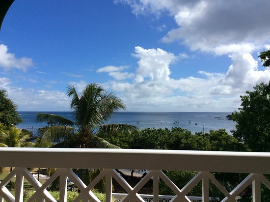 Maritim Resort & Spa Mauritius: View from balcony - all rooms have sea view I think