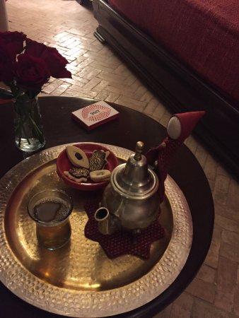 Riad Boussa: Welcome tea