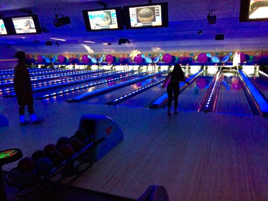 Lake Geneva, WI: Private Bowling Party!