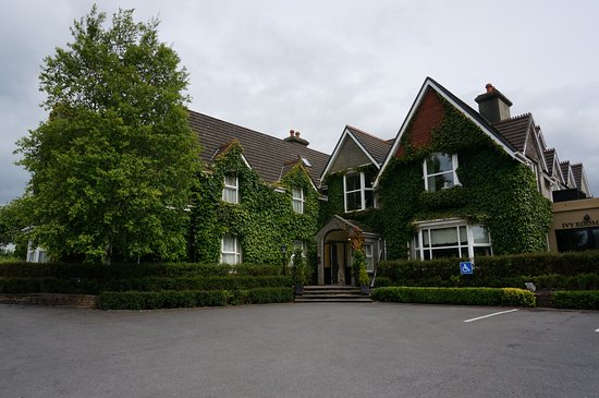 Victoria House Hotel Image
