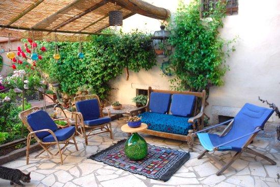 Amelia, Italia: spazio esterno relax