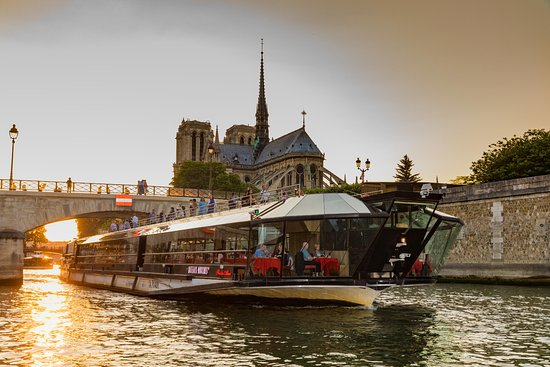 bateaux mouches paris all you need to know before you go with photos tripadvisor. Black Bedroom Furniture Sets. Home Design Ideas