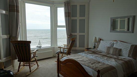 Tide's Reach Bed & Breakfast Photo