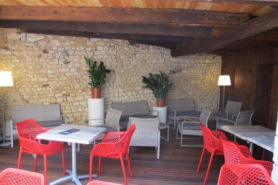 Chauvigny, França: Patio Les Choucas