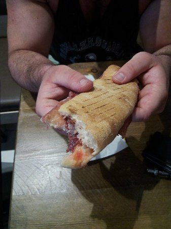 Pans And Company: das ist das iberico sandwich