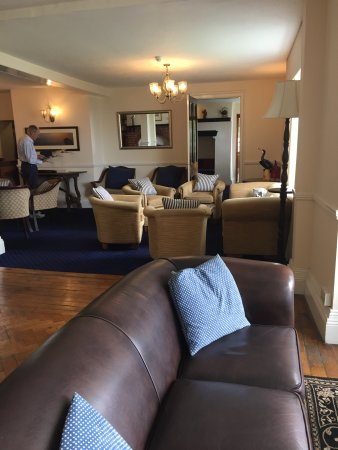 The White House Hotel : part of the lounge area