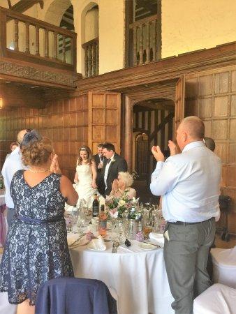 Bexley, UK: Bride and Groom arriving for dinner