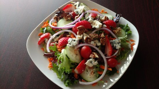 Hawkinsville, Джорджия: Bistro Salad with homemade dressings
