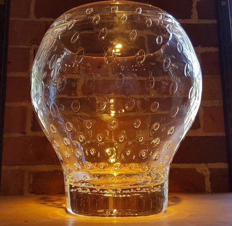 Quechee, VT: Simon Pearce art glass