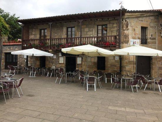 La puerta del sol li rganes fotos y restaurante for Hoteles cerca de la puerta del sol