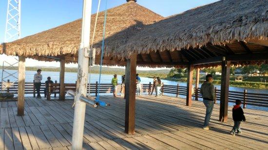 Puerto Suarez, Bolivia: Vista diúrna do mirante