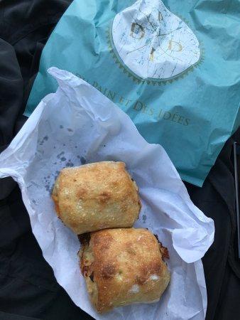 Photo of Bakery Du Pain et des Idées at 34 Rue Yves Toudic, Paris 75010, France