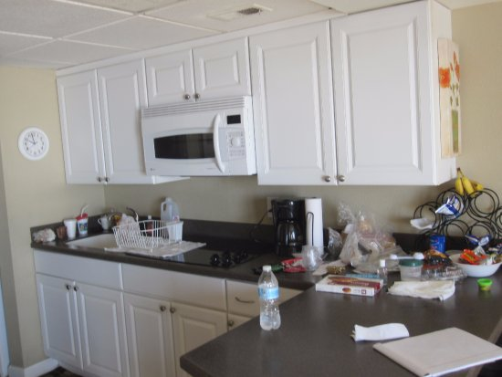 St. Clements Suites: fully stocked updated kitchen