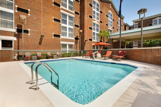 Pool - Picture of Hampton Inn Columbia - Downtown Historic District - Tripadvisor