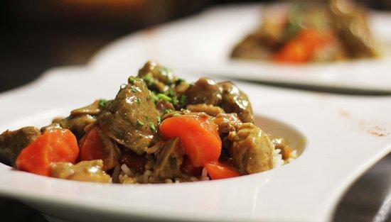 Viry-Chatillon, Γαλλία: Plat du Jour: Sauté de Porc et son riz Basmati
