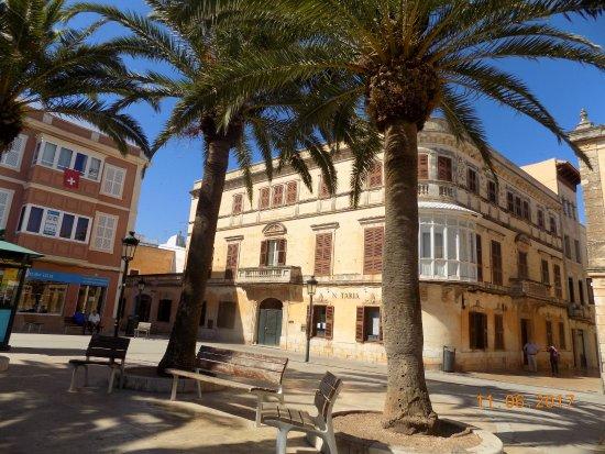 Port Ciutadella: Town Centre