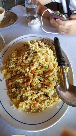 Sirada Restaurant: Pineapple fried rice
