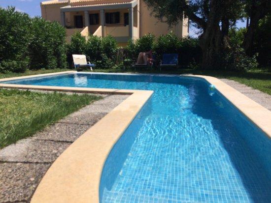 Riviera Barbati Luxury Apartments