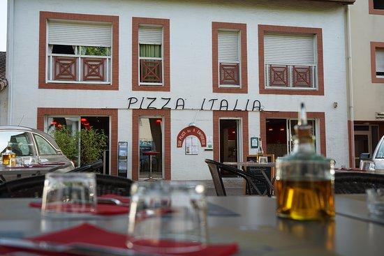 Pizza italia soustons restaurant reviews phone number for Restaurant soustons