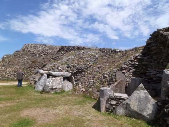 site du cairn プルーエゾ cairn of barnenezの写真 トリップ