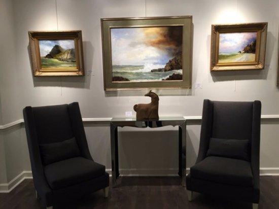 Gloucester, VA: Stewart Gallery is a fine Arts Gallery focused on local scenes.