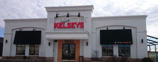 Newmarket, Canadá: Kelseys Fresh New Look!