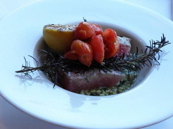 Eastsound, WA: Grilled Rosemary Tuna