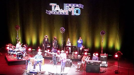Modesto, Kaliforniya: TajMo live at the Gallo Center