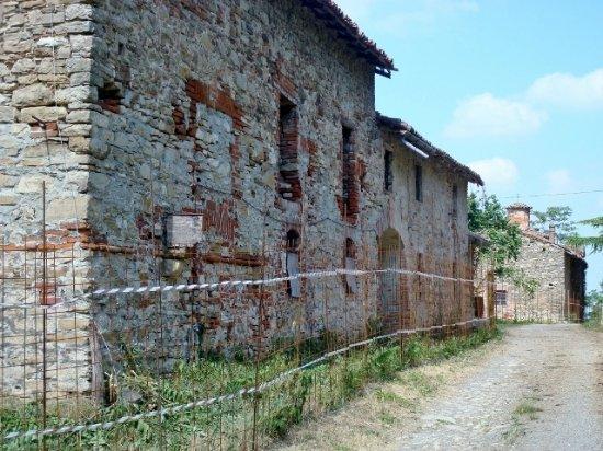 Agazzano, Italien: L'antico villaggio