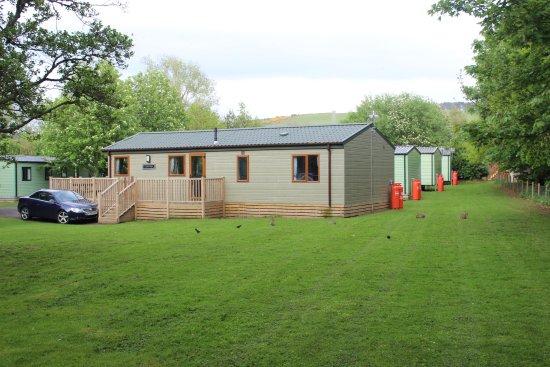 Wooler, UK: Riverside Park, 2 bedroom lodge 'bunnies'