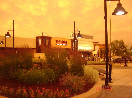 Good Restaurants By Woodfield Mall
