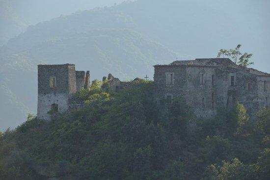 Bivongi, Italien: Rovine Antiche del Monastero SS. Apostoli
