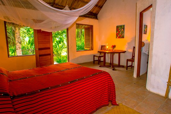 San Antonio, Belize: Interior of Cabanas